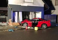Das Foto zeigt die Unfallstelle Bild: Polizeipräsidium Westpfalz (ots)