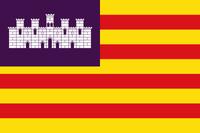 Flagge der Balearischen Inseln (katalanisch Illes Balears, spanisch Islas Baleares) oder Balearen