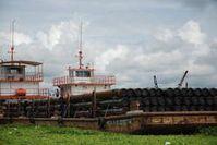 Ölschlepper werden auf den Flüssen im Norden Perus oft gesichtet. Bild: Survival