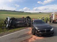 Unfallbeschädigte Pkw Bild: Polizei