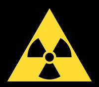 DIN 4844-2 Warnzeichen D-W005 Warnung vor radioaktiven Stoffen oder ionisierenden Strahlen (auch auf abschirmenden Behältern)(1)