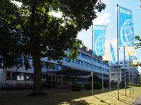 Deutsche Akademische Austauschdienst e. V. (DAAD) in Bonn.