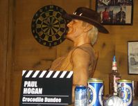 Wachsfigur von Paul Hogan (Crocodile Dundee)