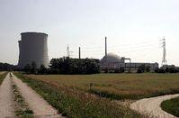 Kernkraftwerk Biblis mit Blick auf Block B / Bild: kuebi, de.wikipedia.org
