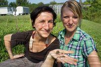 Jun.-Prof. Dr. Anke Hildebrandt (l.) und Dr. Christine Fischer von der Uni Jena haben untersucht, we Quelle: Foto: Anne Günther/FSU (idw)