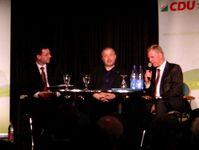 Unland (rechts) mit Jens Michel und Michael Geisler in Pirna, April 2013