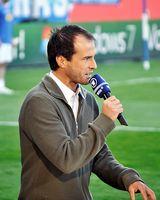 Mehmet Scholl für den WDR beim Relegationsspiel 2011 in Bochum