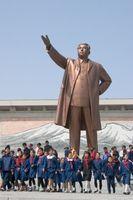 Ehemalige Bronzestatue Kim Il-sungs in Pjöngjang (April 1972 - April 2012)