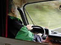 Lkw Fahrer werden rarer: Miese Bezahlung, permanentes Staufahren und Zeitdruck ohne Ende. Wen wunderts? (Symbolbild)