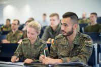 """Neuer Studiengang """"HR-Management"""" ab Herbst 2021 an der Universität der Bundeswehr München  Bild: """"obs/Presse- und Informationszentrum Personal"""""""