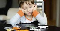 Ritalin: Schwere Droge die heute massenhaft an Kinder verteilt werden. Heute noch legal. Genauso wie früher Opium oder Contagan.