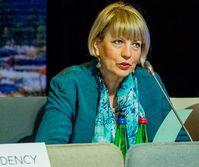 Helga Schmid (2017)