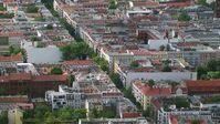 """Nur 16 Prozent der Bevölkerung in Deutschland wollen in einer Großstadt, wie hier in Berlin, leben. Bild: """"obs/ZDF/Klaus Stuhl"""""""