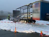 Ausgebrannter Sattelauflieger Bild: Feuerwehr