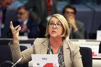 Berichterstatterin Isolde Ries, Erste Vize-Präsidentin des Landtags des Saarlands  Bild: Europäischer Ausschuss der Regionen Fotograf: Europäischer Ausschuss der Regionen