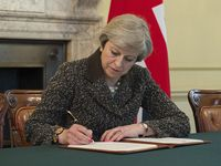 Theresa May Bild: Number 10, on Flickr CC BY-SA 2.0