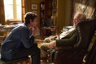 Olivia Colman und Anthony Hopkins im Film THE FATHER Bild: TOBIS Film GmbH Fotograf: SEAN GLEASON