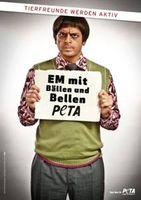 """""""Ranjid"""" protestiert er gegen Massentötungen zur EM 2012. Bild: PETA Deutschland e.V."""