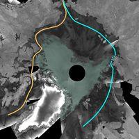"""Bild des Satelliten Envisat (September 2007):Orange: Die direkteste Schiffs- und Handelsroute um den Nordpol, die """"Nordwestpassage""""Hellblau: Nur geringfügig von Eis blockierte """"Nordostpassage"""""""