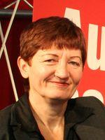 Cornelia Ernst im November 2009 auf dem 4. Landesparteitag der Linken Sachsen, Archivbild