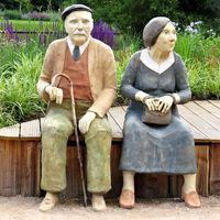 Ältere Menschen (Symbolbild)