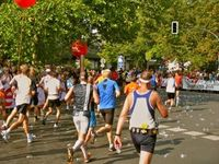 Berlin-Marathon: viele oft unvorbereitet. Bild: pixelio.de, Karl-Heinz Liebisch