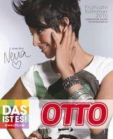 Der Titelstar auf dem Frühjahr/Sommer-Katalog 2010 von OTTO: Nena. Bild: obs/OTTO GmbH & Co KG