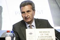 Günther Oettinger Bild: EPP Group in the CoR, on Flickr CC BY-SA 2.0