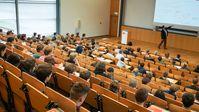 """Studierende am Hasso-Plattner-Institut; Bild: """"obs/HPI Hasso-Plattner-Institut/HPI/Kay Herschelmann"""""""