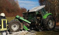 Unfall mit Traktor Bild: Feuerwehr