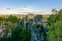 """In der Publikumsgunst ganz oben: Felsenburg Neurathen.  Bild: """"obs/Testberichte.de/©Shutterstock/Maks Ershov"""""""