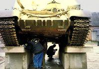 Bundeswehrpanzer: Entweder an der Ostfront in Russland stationiert oder fahrender Schrotthaufen innerhalb Deutschlands (Symbolbild)