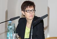 Annegret Kramp-Karrenbauer Bild: blu-news.org, on Flickr CC BY-SA 2.0