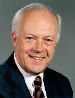 Dr. Hans-Peter Uhl Bild: CDU/CSU-Fraktion