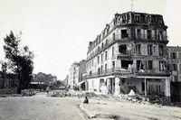 Ruinen in der Grande Rue in Asnières-sur-Seine nach Beginn der Beschießung von Paris durch die deutsche Belagerungsarmee am 27. Dezember 1870.  Bild: ZDF Fotograf: Préfecture de Police de Paris