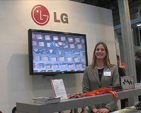 Frau Kempermann (Assistant to Director / Information System Products) von LG Electronis Deutschland GmbH. Bild: ExtremNews