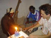 Wenn Angehörige der Mafa in Kamerun westliche Musik hören, haben sie ähnliche Gefühle wie Hörer aus Quelle: MPI f. Kognitions- und Neurowissenschaften/Fritz (idw)
