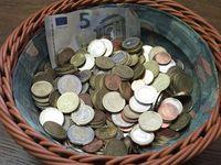 Spende, Spenden, Kleingeld, Klingelbeutel (Symbolbild)