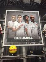 """Peinliches Adidas-Plakat mit """"COLUMBIA"""". Bild: twitter.com, astrid rivera"""