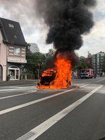Brennender Pkw Neuss Bild: Polizei
