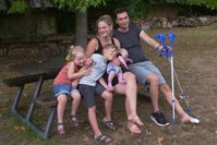 """Trotz Vollzeitjob findet Familie L. keinen bezahlbaren Wohnraum und steht kurz vor der Obdachlosigkeit /  Bild: """"obs/ZDF/Christl Pullmann"""""""