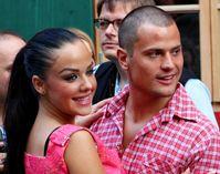 Rocco Stark mit Freundin Kim Debkowski auf dem Oktoberfest 2012