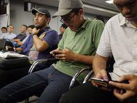 Nachrichten schreiben: Hat das Telefonieren abgelöst. Bild: flickr.com/nSeika