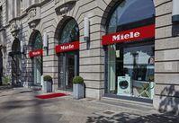 """Das Miele Experience Center im Herzen Berlins (Unter den Linden/Friedrichstraße). Bild: """"obs/Miele & Cie. KG/Foto: Miele"""