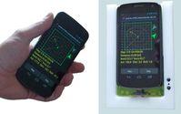 Mit zusätzlicher Hardware und der LawinenFon-App wird jedes Smartphone zum Lawinensuchgerät. Im Bild Quelle: © Fraunhofer IML (idw)