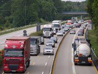 Autobahnbaustelle / Stau (Symbolbild)