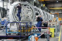 Montagearbeiten bei Nordex in Rostock