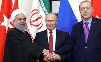 Hassan Rouhani, Wladimir Putin und Recep Tayyip Erdoğan in Sotschi (2017)