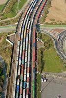 Güterzüge im Hafen von Bremerhaven (Symbolbild)
