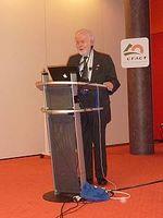 Prof. Singer bei seinem Vortrag im Melia. Bild: EIKE